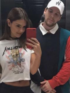 Danielle Arciniegas y 'DIM', de Piso 21, quienes tuvieron a su segunda hija, Roma, en septiembre del 2020.