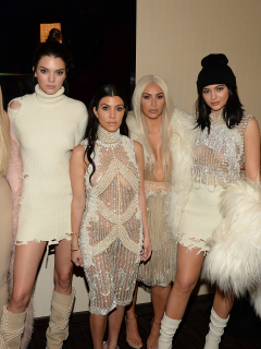 Foto de Khloe Kardashian, Kendall Jenner, Kourtney Kardashian, Kim Kardashian West y Kylie Jenner, a propósito del fin de 'Keeping up with the Kardashian'