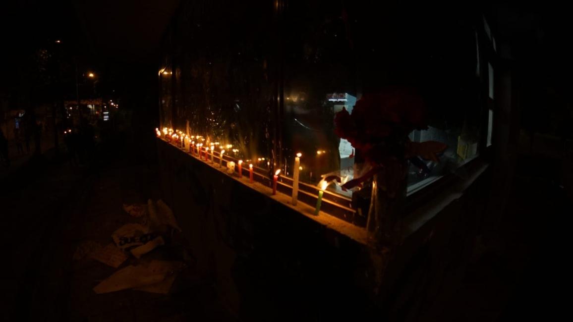 Velas en el CAI de Villa Luz (Bogotá) por la muerte del abogado Javier Ordóñez 1.