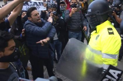 Manifestantes vuelve al CAI al que llevaron a Javier Ordóñez