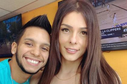 Danna Sultana y Esteban Landrau, pareja trans que el 11 de septiembre publicó fotos de la cara de su hijo Ariel.