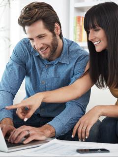 Imagen de referencia para ilustrar nota de cómo una persona reportada en datacrédito puede pedir un préstamo