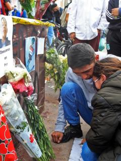 Familiares de una de las víctimas de los disturbios por la muerte de Javier Ordóñez en Bogotá