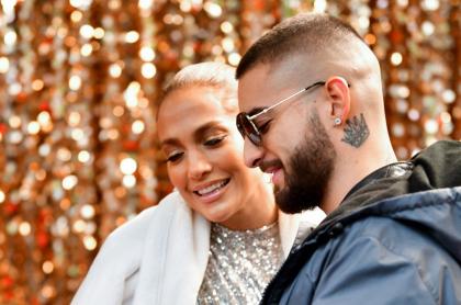 Jennifer Lopez y Maluma durante el rodaje de 'Marry Me', cinta que ya tiene adelanto y fecha de estreno.