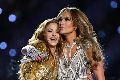 Shakira y Jennier Lopez, a propósito de que ganaron premio Emmy