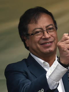 Gustavo Petro, que tomaría las riendas del partido del Polo Democrático, luego de salida de Jorge Robledo
