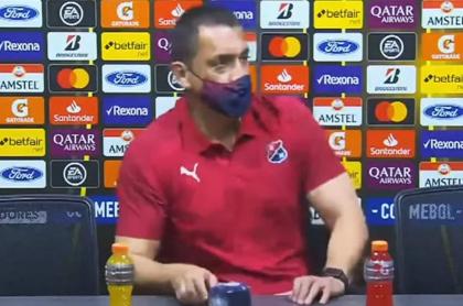 Aldo Bobadilla, técnico del Medellín, luego de la derrota 2-3 ante Caracas de Venezuela.