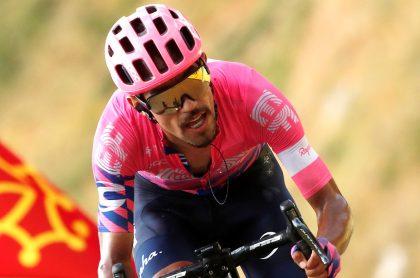 Colombiano Daniel Felipe Martínez podría pasar al Ineos.  En la forto, el colombiano corriendo en el Tour de Francia 2020.