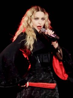 Madonna durante su gira 'Rebel Heart', que probablemente aparecerá en la película sobre su carrera musical.