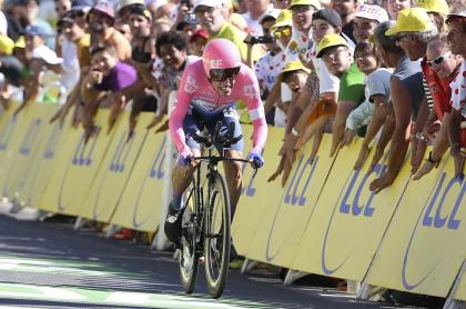 Rigoberto Urán, en la contrarreloj del Tour de Francia 2019.