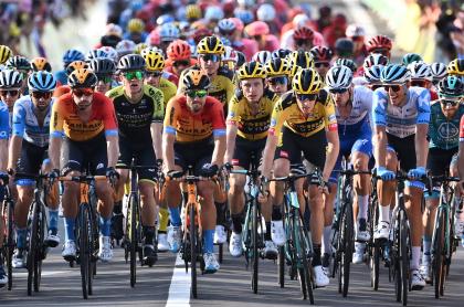 Dónde ver la etapa 21 del Tour de Francia. El la foto, el pelotón de la ronda gala.