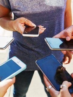 Usuarios de celular: la SIC impuso multas a Calor y ETB por estas quejas que presentaron sus usuarios.