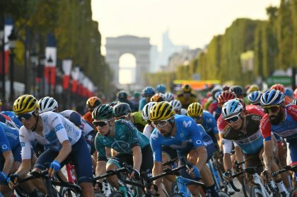 Pelotón del Tour de Francia, carrera en la que habría sospechas de dopaje