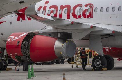 Avión de Avianca: la aerolínea les entregó millonarios bonos a altos ejecutivos en medio de crisis económica.