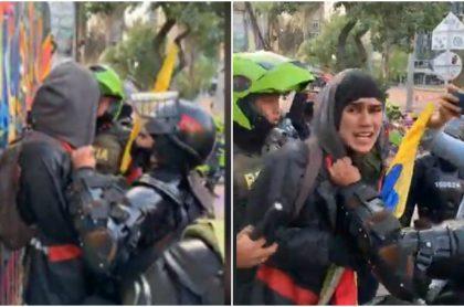 Inti Asprilla dice que evitó que policías golpearan a un joven en protestas.