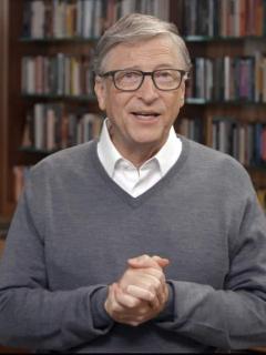 Bill Gates en medio de una alocición televisiva en junio de 2020.