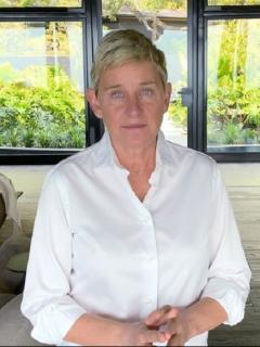 """Al inicio de la nueva temporada de su show, Ellen Degeneres habla sobre acusaciones de """"ambiente tóxico"""" en su programa."""