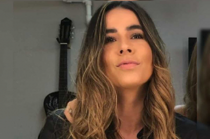 Carla Giraldo, que subió desnudo a Instagram y evitó censura, tomándose foto cuando actuaba en 'Loquito por ti'.