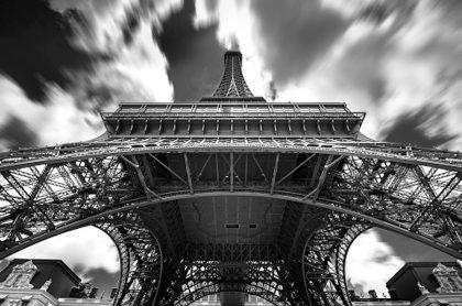 La Torre Eiffel fue reabierta después de falsa alarma.