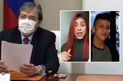 Hermana de Dilan Cruz responde a Carlos Holmes Trujillo, que aparece en su despacho.