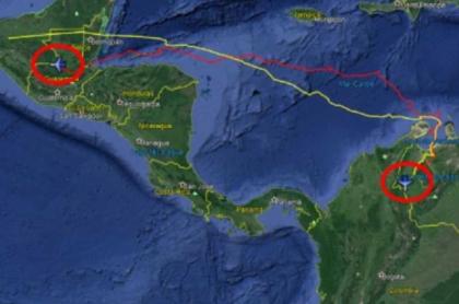 Mapa del recorrido del narcojet que se estrelló en Guatemala procedente de Venezuela. Rumbo sur: línea amarilla; rumbo norte: línea roja.
