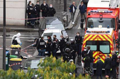 Imagen del lugar del ataque con cuchillo que dejó a 4 personas heridas, en París
