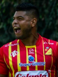 Jugadores del Deportivo Independiente Medellín y Deportivo Pereira, que se enfrentarán este domingo 27 de septiembre.