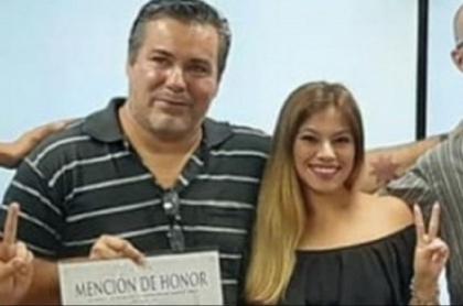 Celeste Burgos era la pareja de Juan Ameri, el diputado que tuvo que renunciar después de ser visto besándola en el pecho durante una sesión virtual.