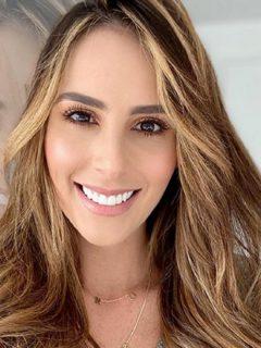 Selfil de Carolina Soto, presentadora que contó si tendrá un tercer hijo, como dijo vidente.