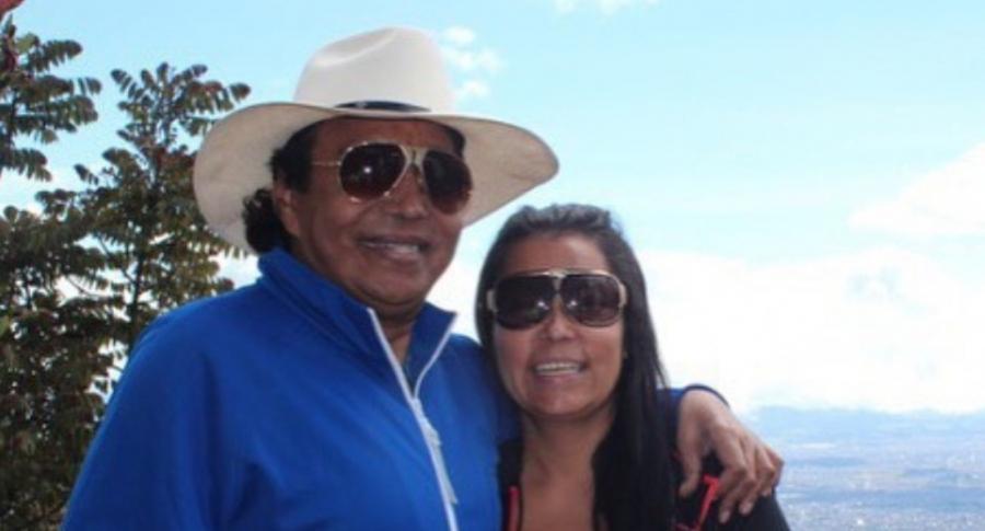 Foto de Diomedes Díaz y Consuelo Martínez, a propósito de los rumores de que ella vive de la fortuna del fallecido cantante