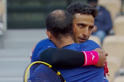 Juan Sebastián Cabal y  Robert Farah avanzan a cuartos de final en Roland Garros
