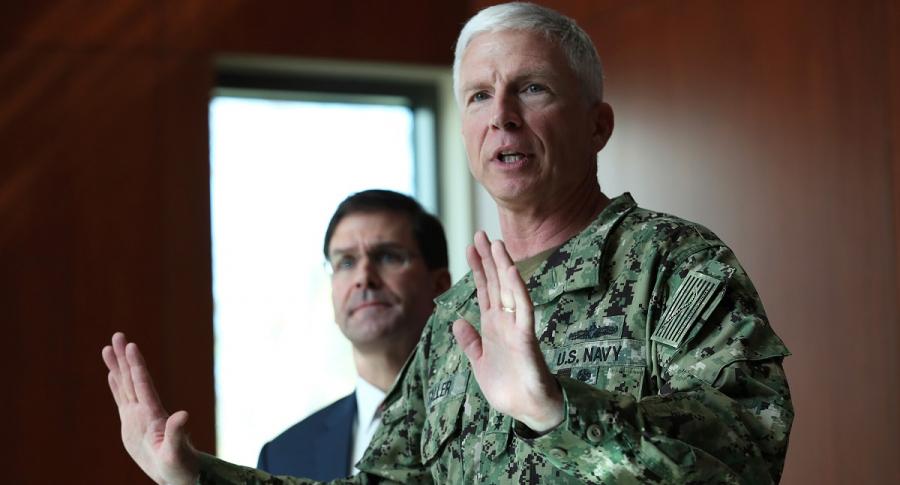 Craig Faller, comandante del Comando Sur de EE. UU., en una rueda de prensa en enero de 2020, en Doral, Florida.