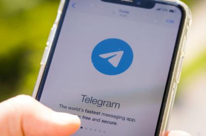 Logo de Telegram, imagen ilustrativa al nuevo 'modo Batman' que anunció la compañía.
