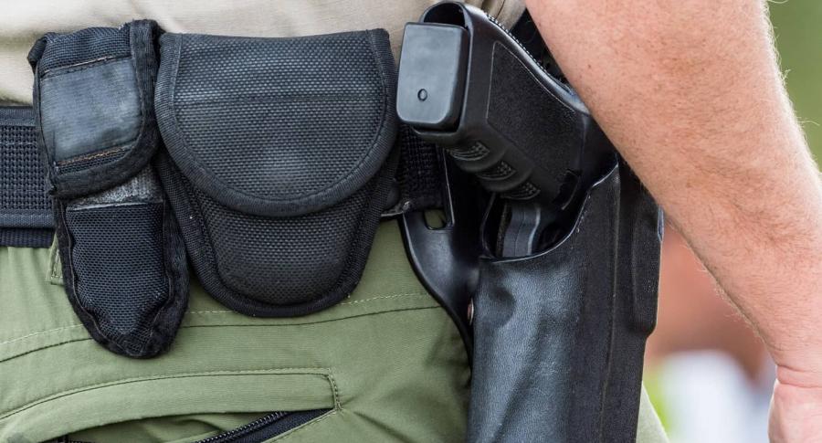 Imagen de arma que ilustra nota de asonada contra Policía de Bucaramanga que acabó con joven herido