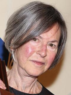 Louise Gluck, ganadora del Premio Nobel de Literatura 2020, durante los Premios Nacionales del Libro 2014 en Nueva York.