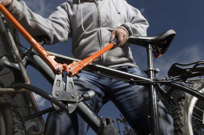 Imagen de un robo de cicla, que ilustra nota de cómo la mayoría de denuncias por robo de bicicletas son archivadas