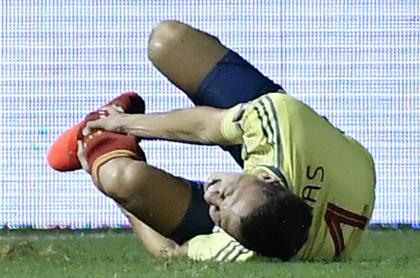 Arias habría sufrido luxación de tobillo y fractura de peroné