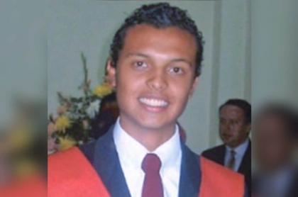 Foto del fallecido Luis Andrés Colmenares, cuyo caso no se reabrirá por una foto de un supuesto golpe con botella que le dieron.