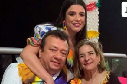 Eduardo Pulgar y Margarita Cabello en una fiesta. Eduardo Pulgar sería investigado por la procuradora, su amiga.