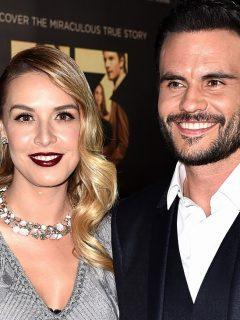 Juan Pablo Raba y su esposa Mónica Fonseca, que se quitó los implantes de los senos, en el AFI Fest 2015.