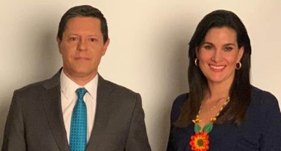 Juan Diego Alvira y Vanessa de la Torre.