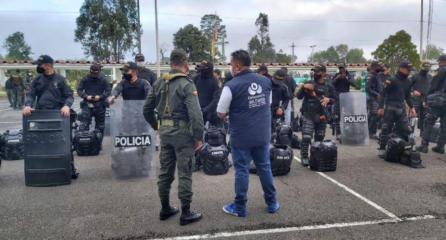 Defensoría del Pueblo verifica implementos del Esmad para el paro nacional de este 21 de octubre de 2020