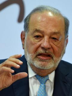 Slim propone elevar edad de pensión a 75 años.