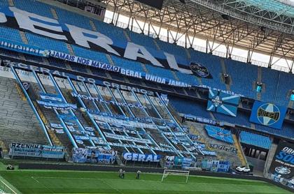"""""""Mirá, B"""": mensaje de 'bienvenida' a América en estadio de Gremio. Imagen de referencia."""