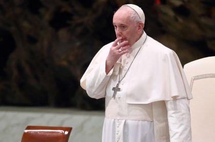 El papa Francisco causó sorpresa al respaldar uniones civiles entre homosexuales.