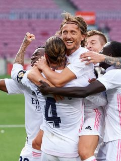 Luka Modric celebrando el tercer gol del Real Madrid ante el Barcelona.