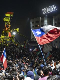 Santiago de Chile luego de la plebiscito constitucional, celebrado este domingo.