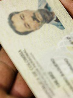 Imagen de cédula colombiana para ilustrar nota sobre cuándo comenzará a regir la cédula digital