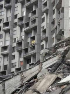 A propietarios de apartamentos del edificio Space, en Medellín, les siguen cobrando un predial que cada vez es más costoso.