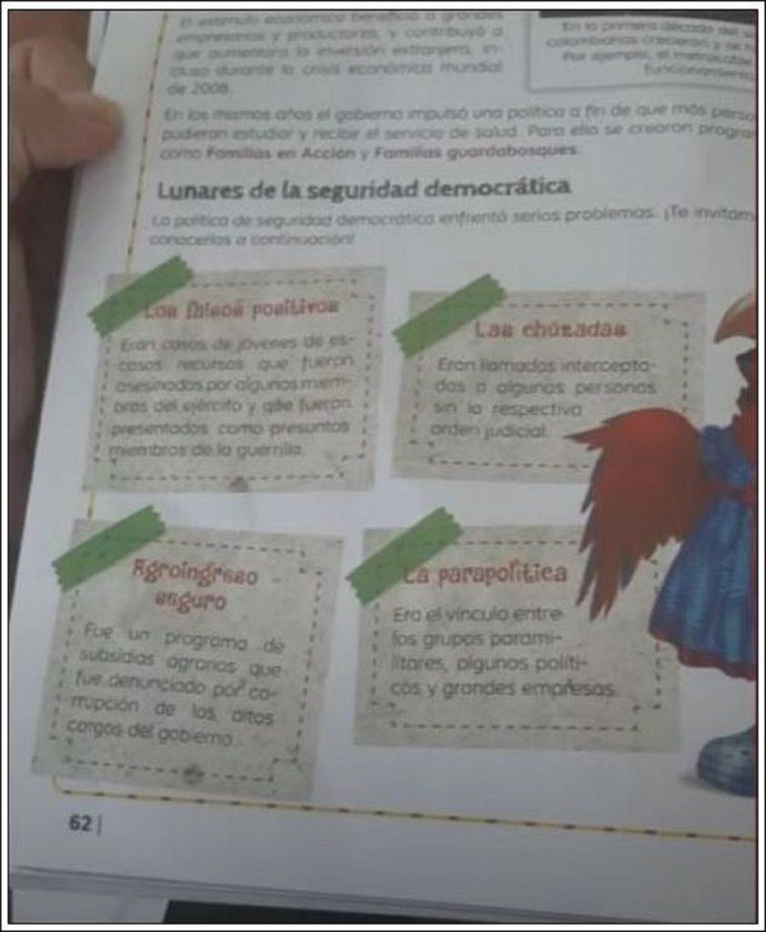 Cartilla de colegio sobre gobierno de Uribe – captura de video Semana Tv.